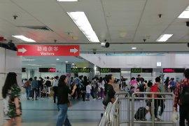 China melaporkan 9 kasus impor virus corona