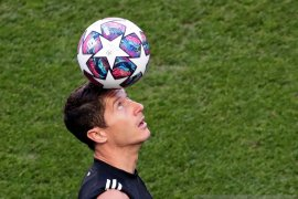 Penyerang Bayern Lewandowski : Saya layak memenangkan Ballon d'Or