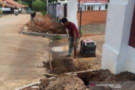 PDAM Tirta Bhagasasi Bekasi sambung jaringan air wilayah rawan kekeringan