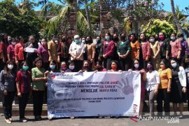 Bawaslu Denpasar ajak kaum wanita tolak politik uang di Pilkada 2020