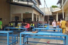 Wali kota Tangerang minta Disnaker awasi penerapan protokol kesehatan di pabrik