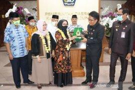 Putri Wapres Siti Ma'rifah kunjungi UMKM di Badung-Bali