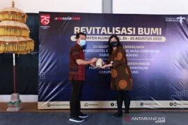 "Kemenparekraf adakan ""Revitalisasi Bumi"" di Nusa Penida sambut kunjungan wisata era baru"