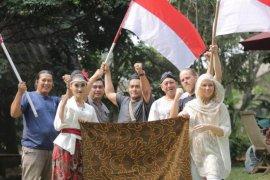 """Aiptu Sarwo Edi, anggota Polsek Beji rilis lagu """"Untuk Anakku"""" gelorakan nasionalisme"""