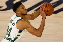 Antetokounmpo dinobatkan sebagai Pemain Bertahan NBA
