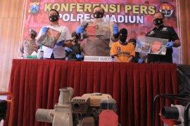Polisi tangkap spesialis pencuri mesin pompa air milik petani di Madiun
