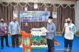 37 KPM di wilayah Daha terima bansos Program Rumah Sejahtera