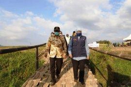 Gubernur Jatim luncurkan wisata paralayang dan agrowisata di Trawas Mojokerto