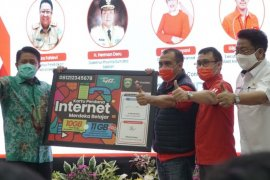 Telkomsel bantu pelajar Sumsel paket kuota internet gratis