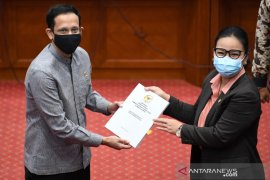 Legislator: Subsidi pulsa harus tepat sasaran