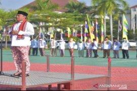 Bupati instruksikan ASN kenakan baju adat khas Bekasi tiap Jumat