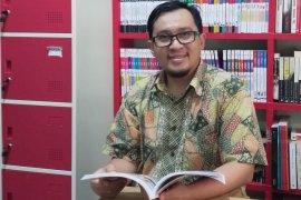 Akademisi: Orang tua harus tumbuhkan minat baca anak