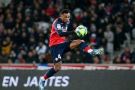 Arsenal datangkan bek tengah Gabriel Magalhaes Lille