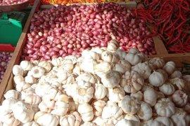 Harga bawang merah di pasar Ambon melonjak