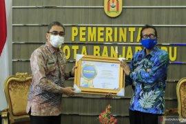 Pemkot Banjarbaru raih penghargaan BPS atas sensus online