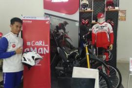 Spesial di hari Pelanggan Nasional, Astra Motor Kalimantan Barat berikan sepeda
