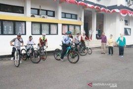 Sekda Belitung gowes bersama guna jalin kekompakan sesama ASN