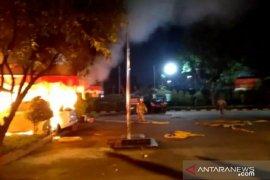 Oknum TNI terancam UU ITE jika jadi penyebab perusakan Polsek Ciracas