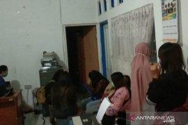 Delapan pasangan mesum dan miuman keras ditangkap Satpol PP