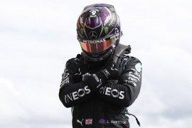 "Hamilton abdikan ""pole position"" Belgia untuk ""superhero"" Boseman"