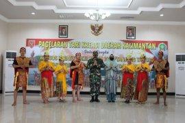 Kodim 1008/Tanjung gelar  tari kreasi daerah