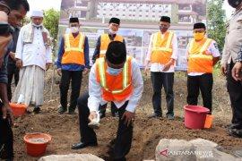Wakil Bupati Serang Harapkan Ponpes Soleh Ma'mun Lahirkan SDM Berkualitas