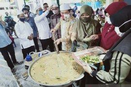 Wali Kota Banjarmasin tertarik buat rekor MURI tradisi buat bubur Asyura