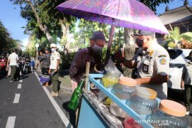 Satpol PP Bali: Perlu edukasi, karena banyak penggunaan masker tidak benar