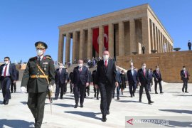 Turki mulai uji coba tahap akhir vaksin Sinovac China