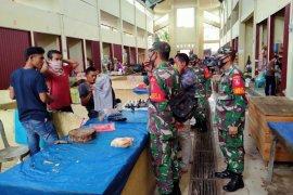 Petugas gabungan Tabalong pantau pelaksanaan protokol kesehatan COVID-19