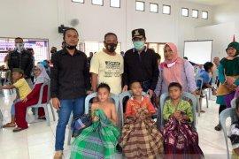 Relawan Bangka Tengah gelar sunat massal anak warga terdampak pandemi