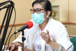 Putri Koster puji ibu rumah tangga di Bali tetap kreatif di masa pandemi