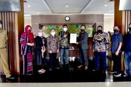 Tim serahkan 21 nama bakal calon anggota KPID ke DPRD Jawa Barat