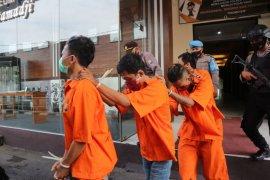 Polisi Trenggalek tangkap empat pengangguran  edarkan narkoba