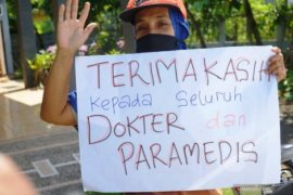 Jokowi belasungkawa atas meninggalnya 100 tenaga medis karena COVID-19