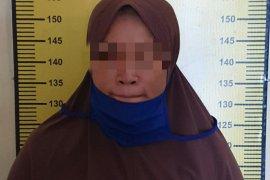 Polisi ciduk perempuan miliki ratusan butir zenith