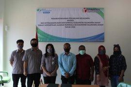 Lindungi Pengawas ad Hoc, Bawaslu Halmahera Barat teken MoU dengan BPJAMSOSTEK