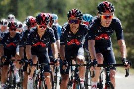 Pinot dan Bernal masih mengintai  empat etape Tour de France