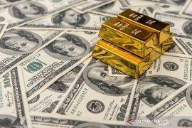 Emas jatuh, investor beralih ke dolar berlindung dari virus Corona
