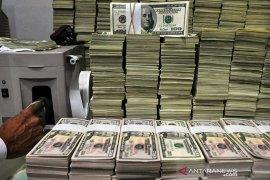 Dolar jatuh ke level terendah dua tahun ketika Fed menjadi fokus