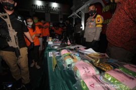 Polrestabes Surabaya tangkap jaringan narkoba dengan bukti 17,05 kg sabu-sabu