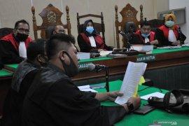 13 hakim dan 25 pegawai di Pengadilan Negeri Medan positif COVID-19