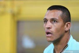 Alexis  Sanchez mengaku sudah tidak betah di MU sejak hari pertama berlatih