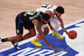 Los Angeles Clippers atasi Nuggets 120-97 di gim pertama semifinal Barat