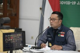 "Gubernur Jabar Ridwan Kamil minta pesantren di Jabar ""go digital"""