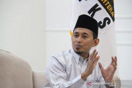 Anggota DPR Bukhori Yusuf apresiasi performa baik Menteri Sosial selama pandemi