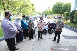 Wali kota serahkan delapan kendaraan BTN ke Baitul Mal Banda Aceh