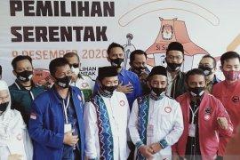 Ibnu-Arifin  paslon pertama mendaftar ke KPU Banjarmasin