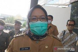 Ade Yasin: Sanksi masuk ambulans berisi keranda agar warga jera tak berkerumun