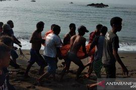 Nelayan Sukabumi yang hilang  ditemukan meninggal